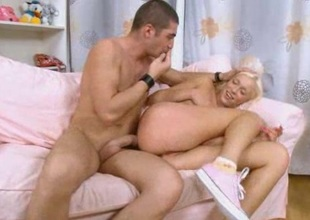 Rough anal sex with flaxen bungle