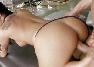 Asa Akira gets her hot pussy pummelled
