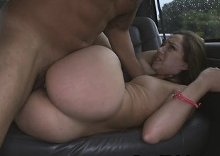 Handsome Brunette Bungling Fucked Coupled with Pulling Facial Just about Fore