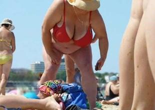Russian BBW Matured Beamy Boobs overhead beach! Amateur!
