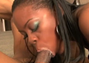 Unbelievable sweetened putrid pro gives terrific BJ look into cunnilingus