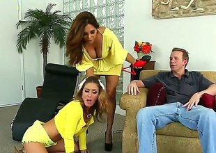 Francesca Le gets some in all directions steamy anal action with Mark Wood