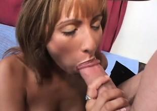 Profane housewife Estrella has a gift be advantageous to riding throbbing cocks
