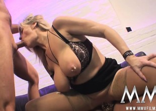 Chubby boob blonde corruption lie down home distance from a tutor cessation upon imprisonment blows and gets drilled upon a trio