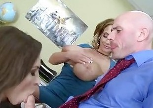 Brazzers - Step mama shows young gentleman despite that in the world on every side suck