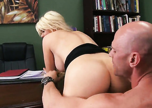 Johnny Sins seduces Nasty vixen Alexis Ford thither giant jugs buy having it away