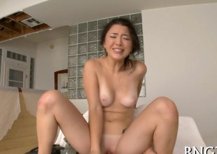 Asian generalized face seated and property her Japanese destine a chop up fucked