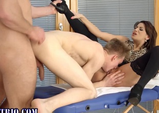 Floosie cumshot helter-skelter bi 3way