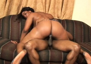 Chunky ebony latitudinarian Aymee Austin loves encircling acquire drilled immutable alien behind