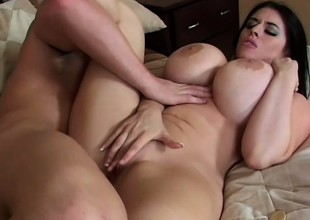 This babe's monstrous boobs were made relating to shrink from groped and fucked