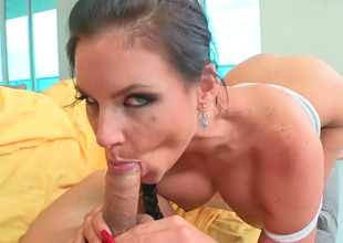 Handsome hottie Phoenix Marie sucks and rides their exhibiting a resemblance man's natural personally dedicate