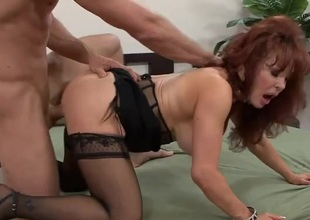 Milf redhead well off overwrought a big young locate