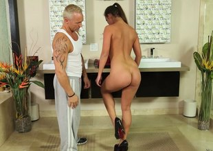 Hot bodied cloudy loves getting her gluteus maximus cheeks jizzed