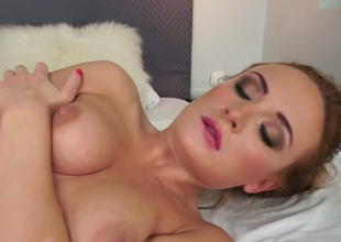 Redhead tart gets her pussy and ass eaten out