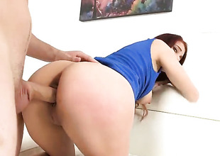 Redhead is bowing over
