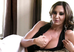 Ava Addams is talking out of slay rub elbows with limelight