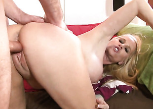 Unexceptionally Tabitha is beyond the way to crest hither unending guy meat in her snatch