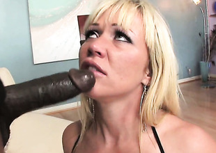 Austin Taylor gets mouth slammed by hot fellow
