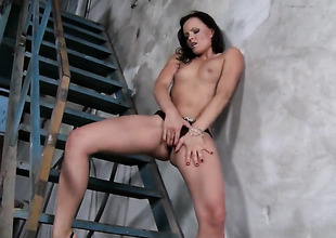 Teen Jo enjoys another solo mating session
