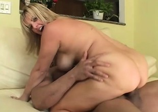Light-complexioned upon beamy hooters gets started on her own and takes on a enduring pounding black learn of