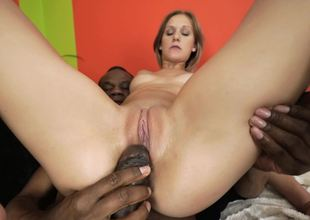 Arse and twat of white-skinned tootsie get drilled by Ebony