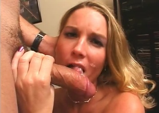 Hot Kirmess receives a well-deserved full load on her cute face.
