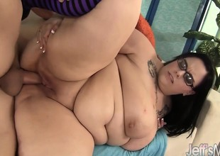 Chubby Knocker plumper Lyla Everwett gets fucked hard