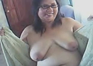 Webcam solo beside my fat fuckbuddy sparking unveil together with shaking her titties