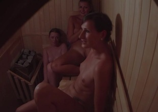 Secret Cam Dog-collar 3 Girls in Sauna