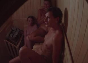 Secret Cam Dog-collar 3 Girls in Sauna