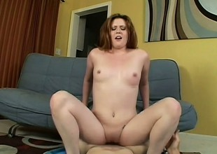 Curvy Daisy Belle Loves To Go for Cum