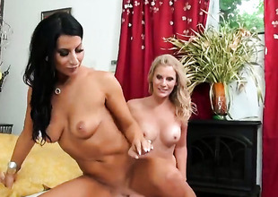 Flaxen-haired Sophia Bella has some time to obtain some delight with bull dyke Brianna Ray