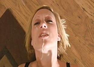Cum addict begs be beneficial to a facial JOI