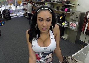 Horny Latina enormous mentality some cash