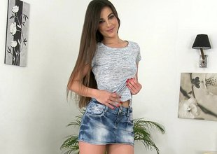 Long legged Spanish latitudinarian Lorena Garcia