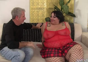 Inviting and fat bbw Mia Riley steaming hot sex
