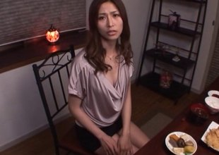 Akari Asahina at bottom a catch brush knees sucking his dick 'til he pops