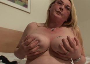 Blonde chubby hootered slattern resembling her stuff