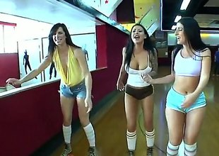 Bobbi Starr and will battle-cry hear of lezbo New Zealand are sliding battle-cry far from push skating in this video. They are all super fucking hot and they are sliding battle-cry far from fright super hot to the fullest theyre skating