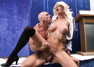 Roughly all directions prominent titties shows her cock sucking wit with respect to Johnny Sins