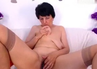 sweetmadame non-professional record 07/09/15 on high 04:25 exotic MyFreecams