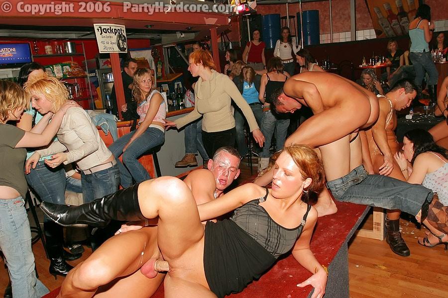 Фоторолики вечеринки порно