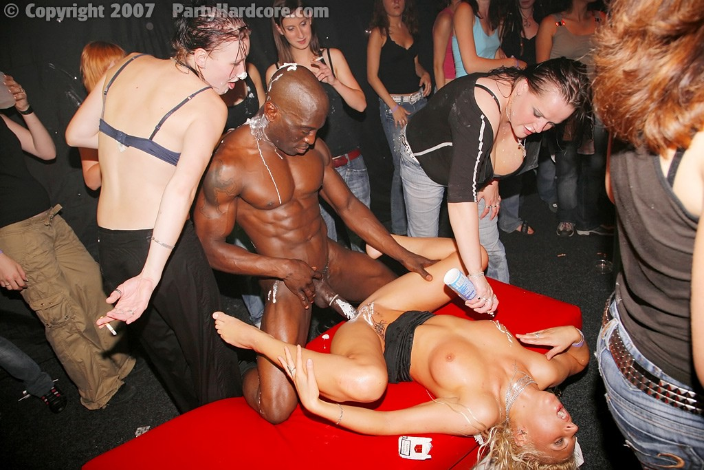 Drunkwomen fuck black stripper